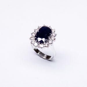 18 Karaat wit goud / Diamanten 1.59ct / Saffier 4.15ct