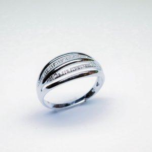 18 Karaat wit goud  / Diamanten 0.16ct
